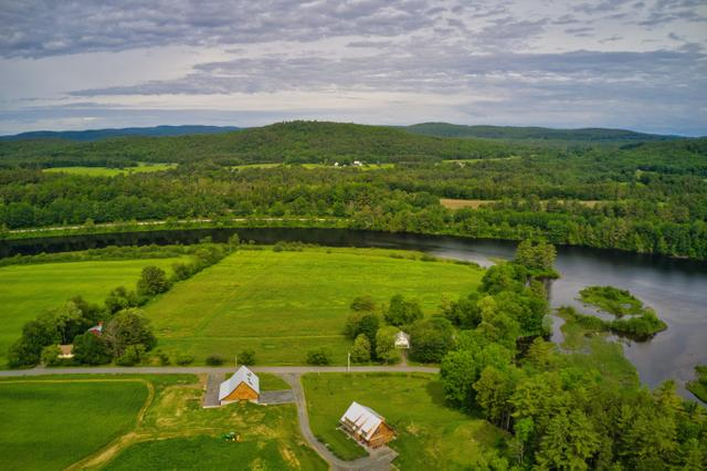 Connecticut River Home Image 3 (Small)