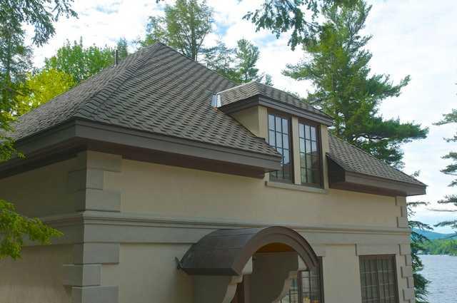 The Stucco House Image 5 (Small)